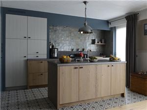 De Eikenhouten Keuken : Eiken keukens keukens konings essen